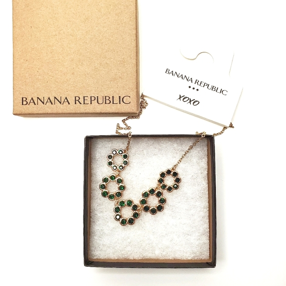 BANANA REPUBLIC Necklace Gem Circle Green